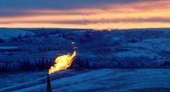 انخفاض أسعار النفط بأكثر من 4%