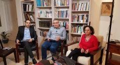 مدى الكرمل يُطلق سلسلة محاضرات حول الثورات العربيّة، ويعقد الندوة الأولى حول قراءة في كتابين للدكتور عزمي بشارة