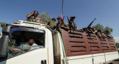 """الجيش الإثيوبي ينقل سبحات نيغا وقادة من """"الجبهة الشعبية لتحرير تيغراي"""" إلى أديس أبابا"""