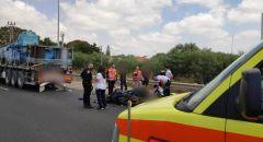 مصرع راكب دراجة نارية في حادث طرق قرب الخضيرة - إحالة سائق الشاحنة من الفريديس الى التحقيق