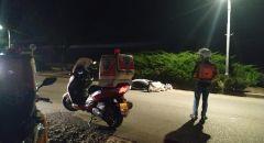 إصابة خطيرة لسائق دراجة نارية بحادث ذاتي قرب الخضيرة