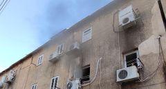 بيتح تكفا: تخليص ٣ اولاد اصيبوا جراء حريق شب في شقه سكنيه