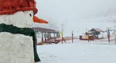 تجدد تساقط الثلوج في جبل الشيخ واغلاقه امام الزوار