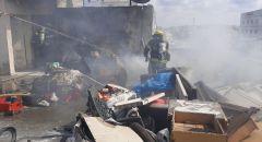 تخليص عالق إثر إندلاع حريق على سطح مبنى في باقة الغربية