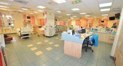 حالة خطيرة لفتاة عربية (16.5 عامًا) من سكان عكا اثر اصابتها بفيروس الكورونا