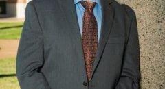 تعيين لؤي نخلة ، رئيس قسم علوم الكمبيوتر ، عميدًا لكلية الهندسة في جامعة رايس ألاميركية