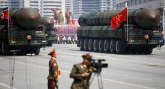 كوريا الشمالية تكشف عن صواريخ باليستية جديدة في عرض عسكري