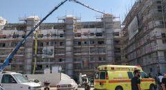 مصرع عامل بورشة بناء في مركز البلاد سقط عليه جسم ثقيل