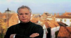 رحيل الشاعر والروائي الفلسطيني مريد البرغوثي