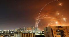 الفصائل الفلسطينية تستهدف عسقلان و6 قواعد إسرائيلية بعدد كبير من الصواريخ