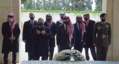 أول ظهور للأمير حمزة برفقة الملك عبد الله منذ محاولة الانقلاب في الاردن في احتفال مئوية الاردن
