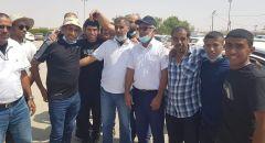 الأسير شاكر أبو عبيد  يعانق الحرية