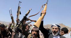 انفجارات تهز مطار عدن بالتزامن مع وصول الحكومة اليمنية الجديدة إليه