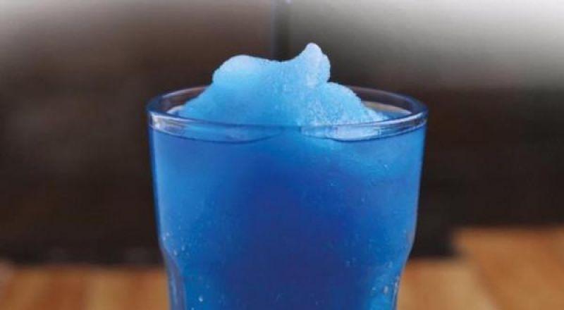 طريقة عمل عصير السلاش الأزرق