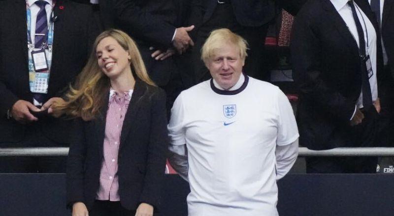 جونسون يدين الانتهاكات العنصرية على مواقع التواصل الاجتماعي التي استهدفت لاعبي منتخب إنجلترا