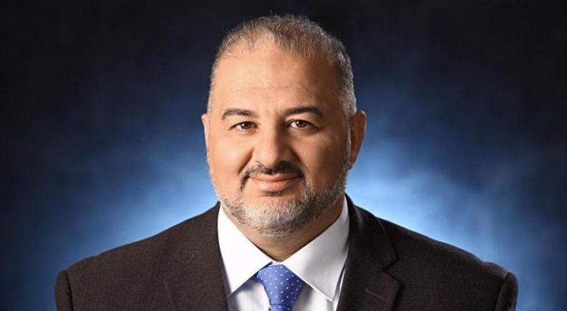 تسريح الدكتور منصور عباس من المستشفى بعد تحسن حالته الصحية