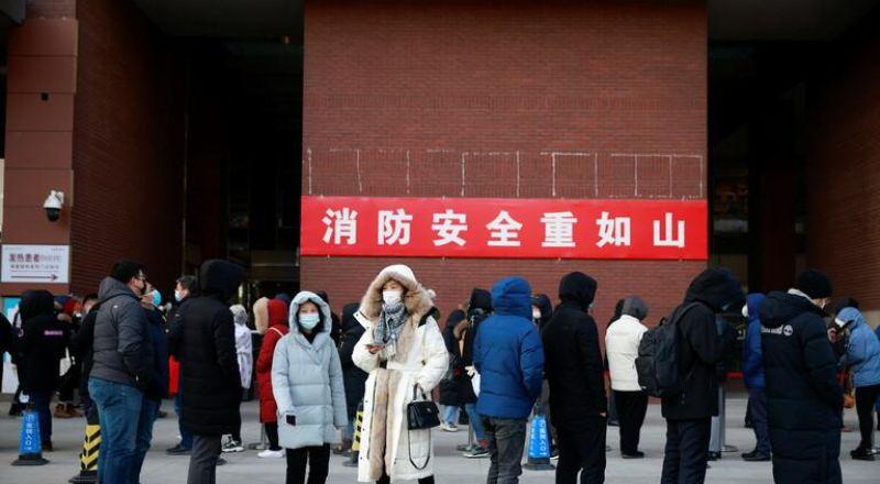 """الصين في معركة جديدة مع كورونا في """"خوبي"""" وعزل أكثر من 20 ألف شخص في مراكز صحية"""
