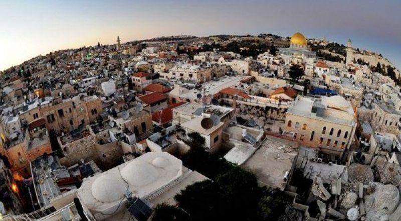 اللجنة الرئاسية العليا لمتابعة شؤون الكنائس في فلسطين تحذر من تنفيذ مشروع تهويدي يستهدف هوية البلدة القديمة في القدس