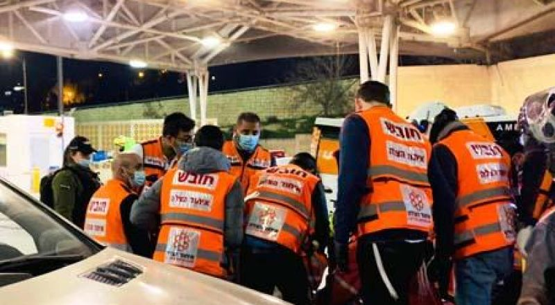 القدس: اصابة خطيرة لشاب تعرض لاطلاق نار في شعفاط