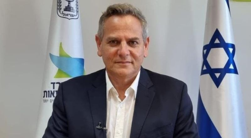 وزير الصحة نيتسان هوروفيتس يُعلن عن غرامات مالية بآلاف الشواقل على المسافرين للدول الخطرة