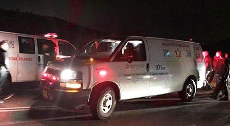 قلنسوة: اصابة شاب بجراح اثر حادث طرق